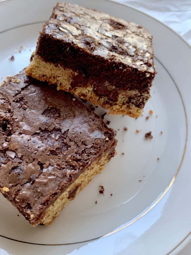 Chocolate chip cookie brownie bar